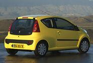 Peugeot-107-002