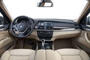 2011-BMW-X5-45