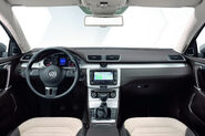 2011-VW-Passat-21