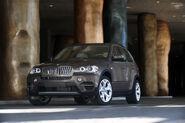 2011-BMW-X5-185