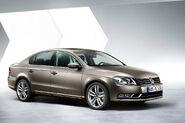 2011-VW-Passat-13