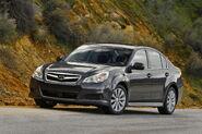 2010-Subaru-Legacy-22