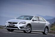2010-Toyota-Aurion-3