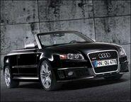 Audi rs4 cabrio 1 sb 210206