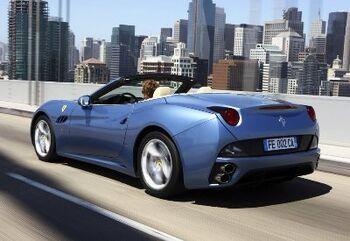Ferrari-California 2009 1024x768 wallpaper 16small