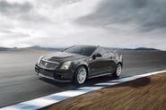 2011-Cadillac-CTS-V-Coupe-13