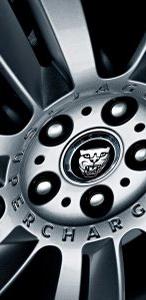 2010-Jaguar-XFR-18smalltemplate