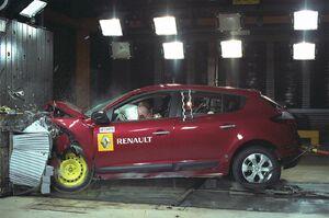Renault-Megane-2009-31