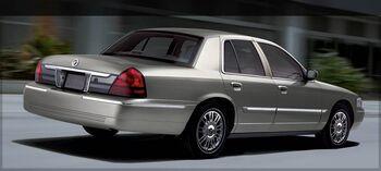 2008.mercury.marquis rear1