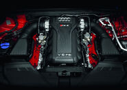 2011-Audi-RS5-Coupe-2