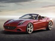 Ferrari-California-T-2014-Genf-V8-Turbo-Motor-01