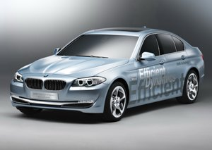 BMW-ActiveHybrid5-small2