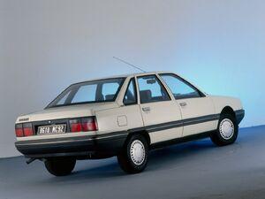 1986 renault r21
