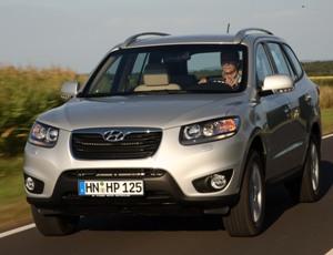 2010-Hyundai-Santa-Fe-1small