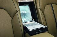 2011-Audi-A8-L-W12-36