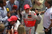 Lewis Hamilton 2007 USGP greets fans