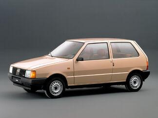 Fiat uno 3-door 8