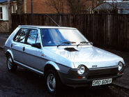 Fiat strada 5-door uk-spec 2
