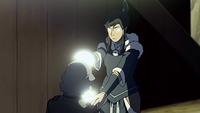 Korra utilise sa maîtrise de l'énergie