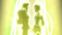 Asami et Korra se tiennent mains