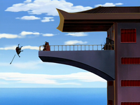 Zhao jette Hahn par dessus bord