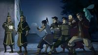La Team Avatar tend une embuscade aux gardes