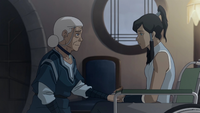 Katara ayudando a Korra