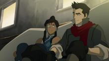 Korra ja Mako puhuvat