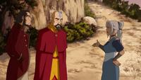Kya regañando a Tenzin