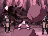 Zuko saves Iroh