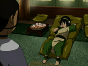 Toph picking her nose