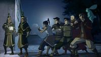 Equipo avatar enfrentado guardias reales
