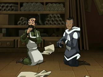 File:Sokka and the mechanist.png