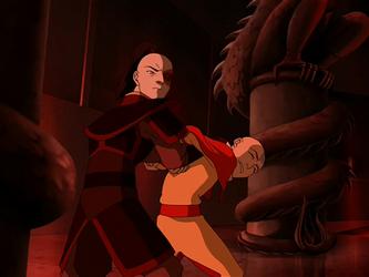 File:Zuko captures Aang.png