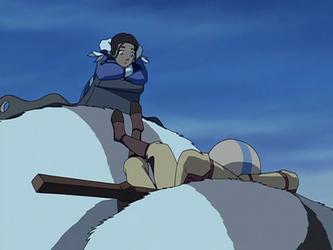 File:Katara and Aang chilling.png
