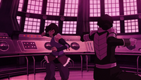 Korra fighting Kuvira