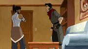 Korra y Mako discutiendo