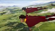Kai und Opal in der Luft