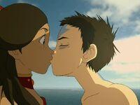 3х09 поцелуй Аанга и Катары