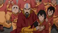 Tenzin y su familia acorralados