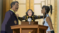 Lin separates Korra and Raiko