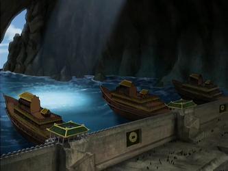 File:Earth Kingdom ferries.png