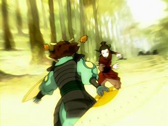 Archivo:Suki versus Azula.png