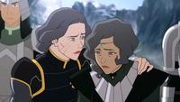 Lin conforta a Suyin