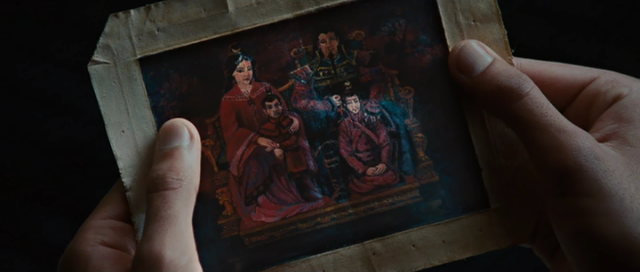 File:Film - Zuko family picture.png