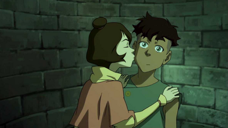 File:Jinora kisses Kai.png