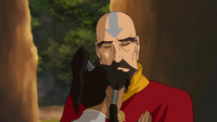 Tenzin and Korra hug
