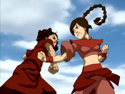 Suki vecht tegen Ty Lee