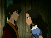 Katara amenaza a Zuko