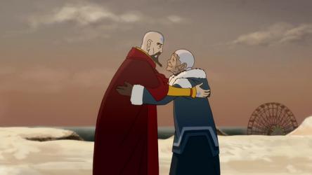 File:Tenzin and Katara hug.png